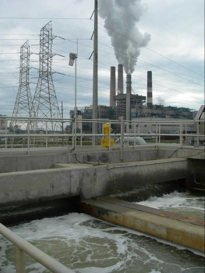 The Tampa Bay, Florida desalination plant: A series of failures and costly delays. Photo: www.treehuggers.org
